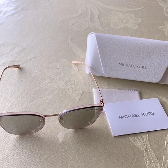 MK grey mirror sunglasses